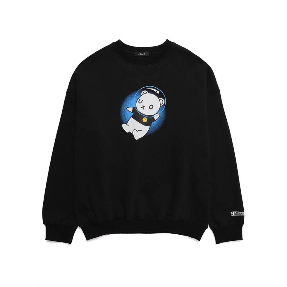 UNIVERSE BEAR SWEAT SHIRT